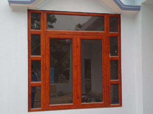 Làm cửa nhôm sơn tĩnh điện vân gỗ cao cấp Tphcm